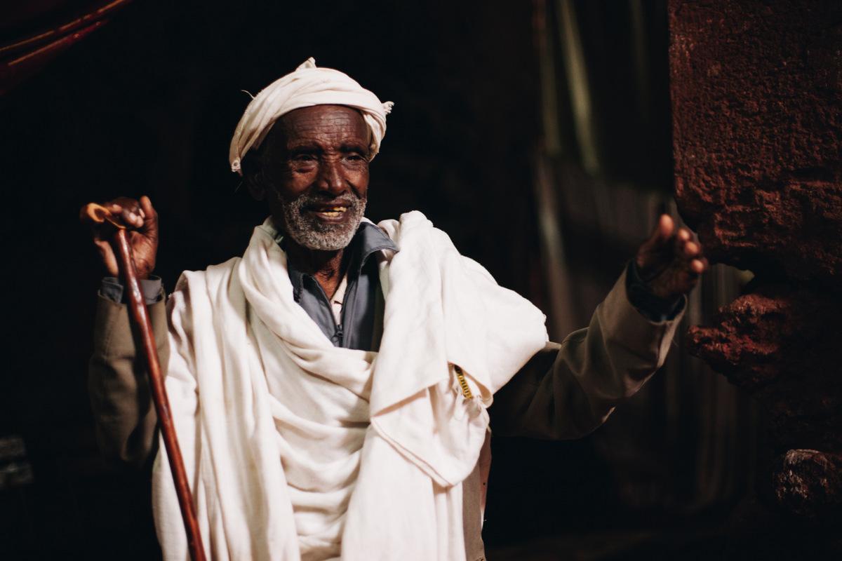 ksiądz w Etiopii