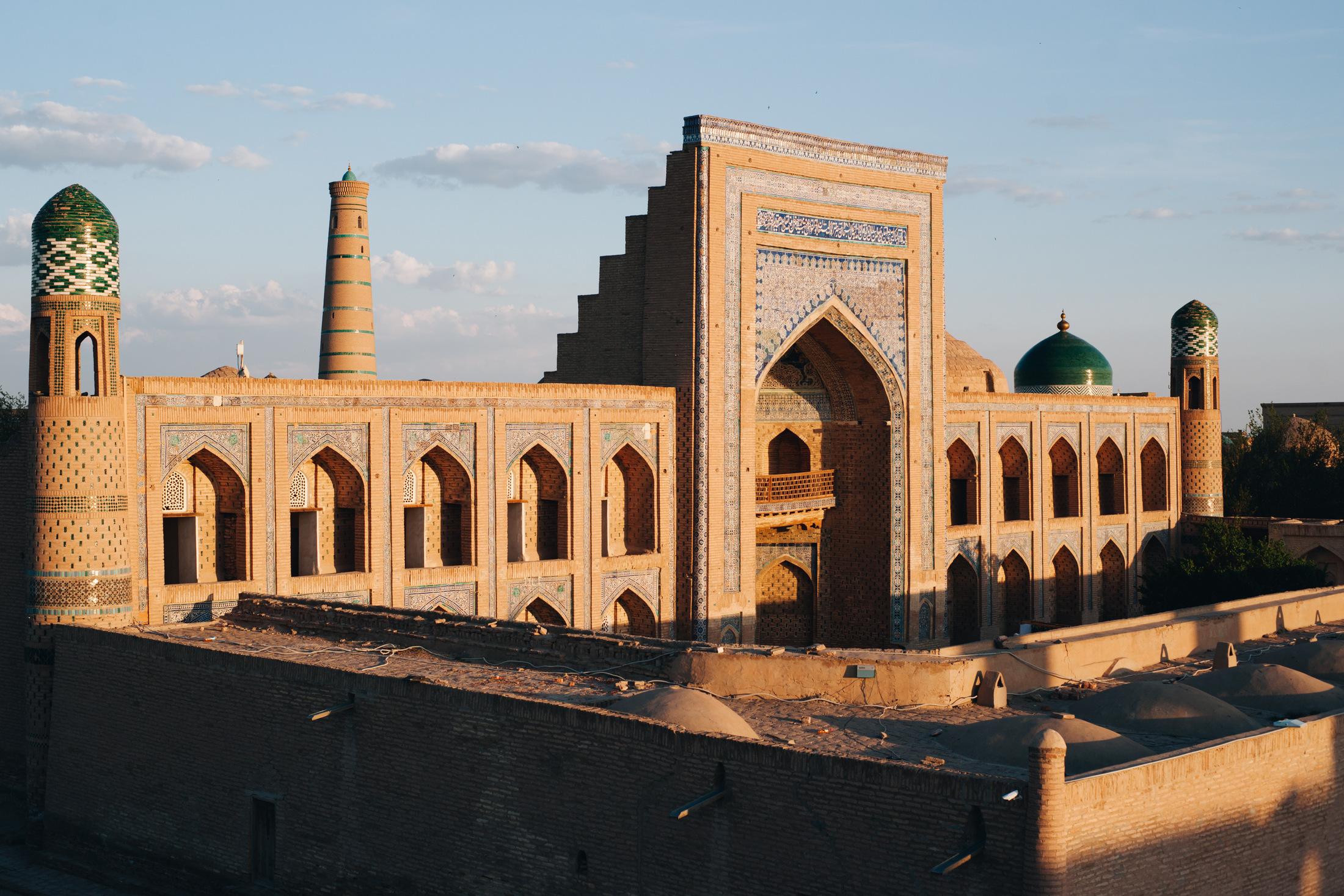 chiwa uzbekistan medresa
