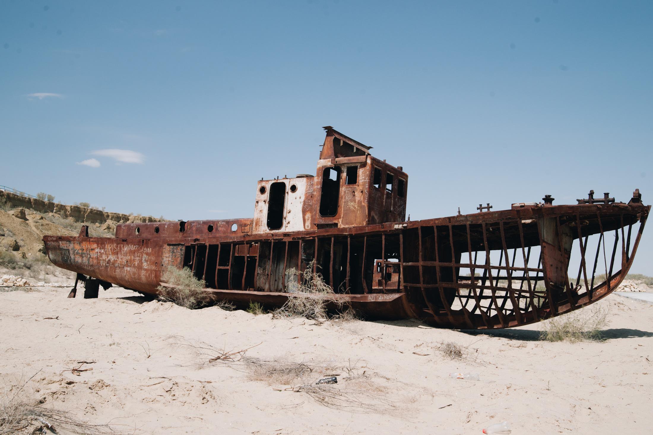 mujnak uzbekistan cmentarzysko statków